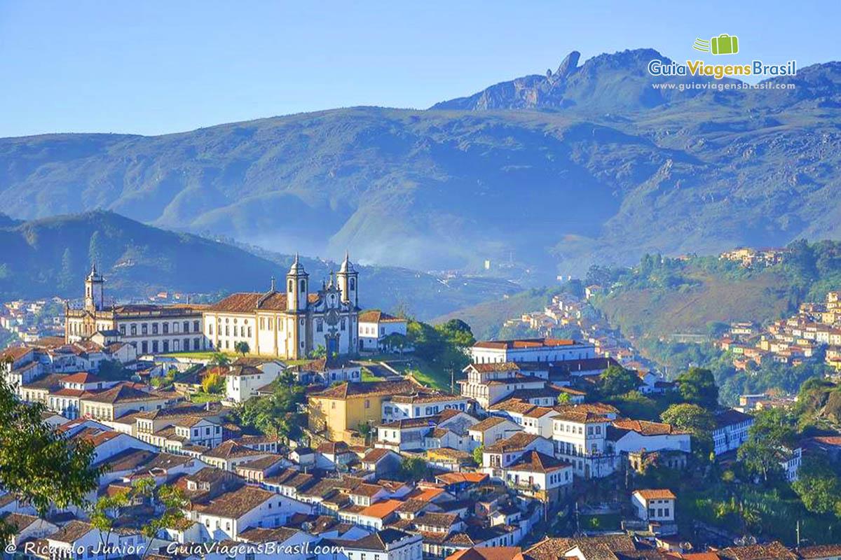 Vista da capela de São José, em Ouro Preto. - Fotos de Ricardo Junior / www.ricardojuniorfotografias.com.br