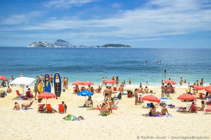 Foto Praia de Ipanema, no Rio de Janeiro - Photograph by Ricardo Junior / www.ricardojuniorfotografias.com.br