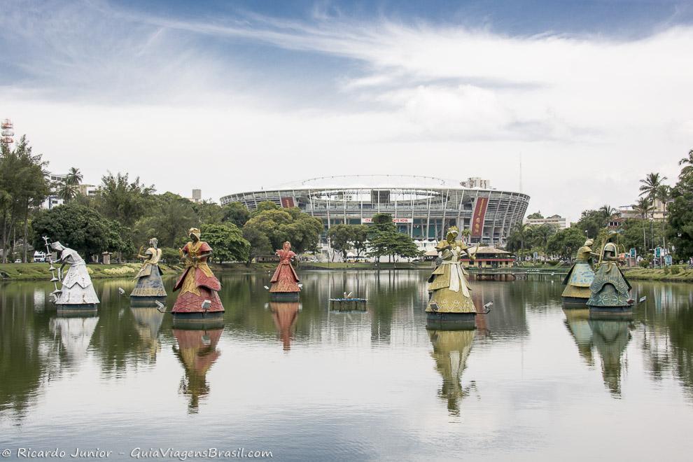 Dique do Tororó com as 12 esculturas dos Orixás representando a cultura afro em Salvador. Photograph by Ricardo Junior / www.ricardojuniorfotografias.com.br