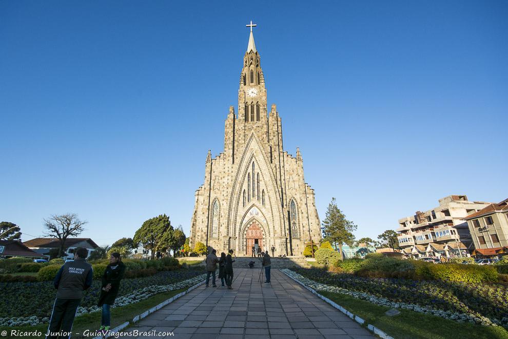 Igreja Matriz Nossa Senhora Lourdes, a Catedral de Pedra, em Canela, Rio Grande do Sul. Photograph by Ricardo Junior / www.ricardojuniorfotografias.com.br