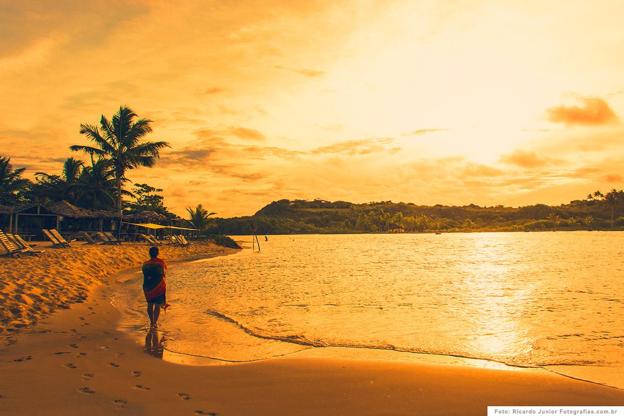 foto-do-por-do-sol-na-praia-de-caraiva