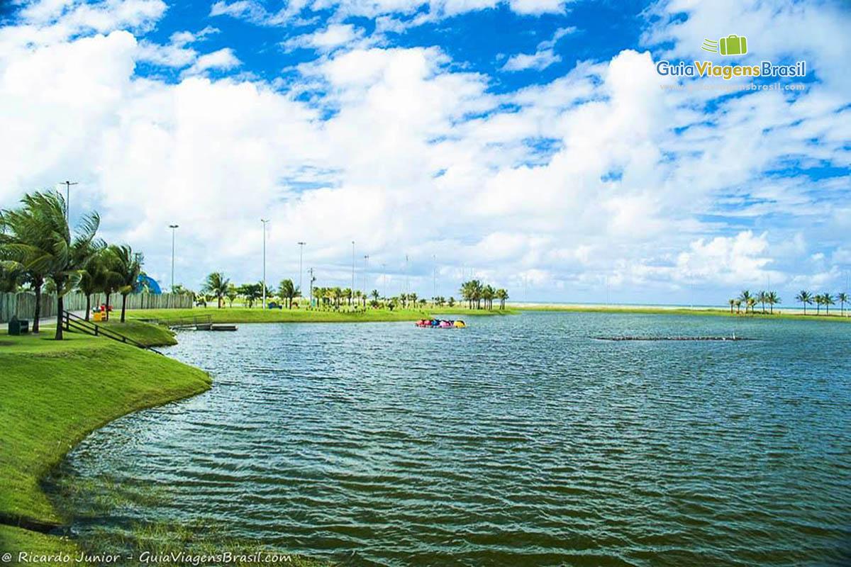 Lagoa na Praia de Atalaia, próximo ao Oceanário, Aracaju, SE. Fotos de Ricardo Junior / www.ricardojuniorfotografias.com.br
