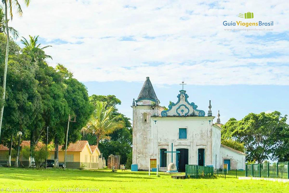 Igreja de Nossa Senhora da Conceição, Santa Cruz de Cabrália, BA. Fotos de Ricardo Junior / www.ricardojuniorfotografias.com.br