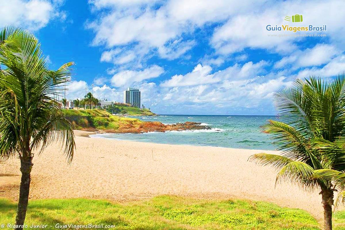 Praia de Ondina, em Salvador, BA. Fotos de Ricardo Junior / www.ricardojuniorfotografias.com.br
