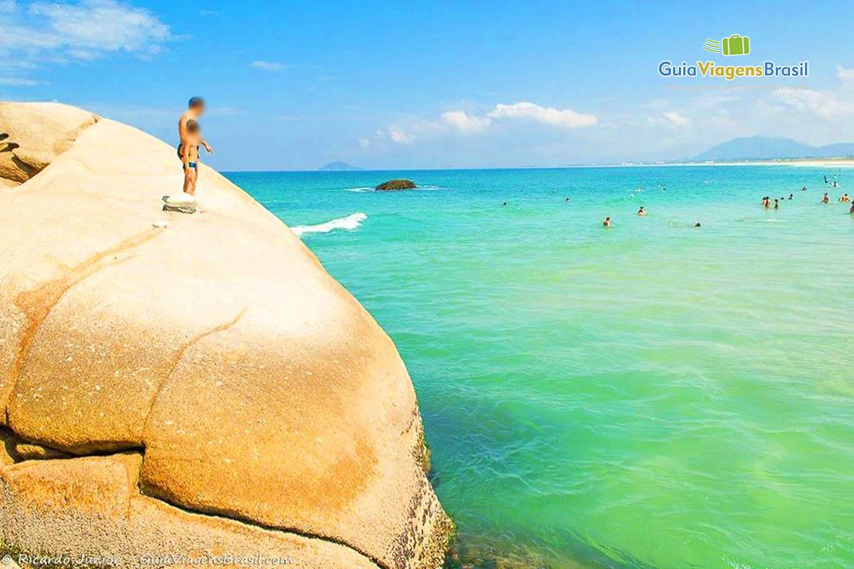 pai-filho-pedra-praia-joaquina-florianopolis