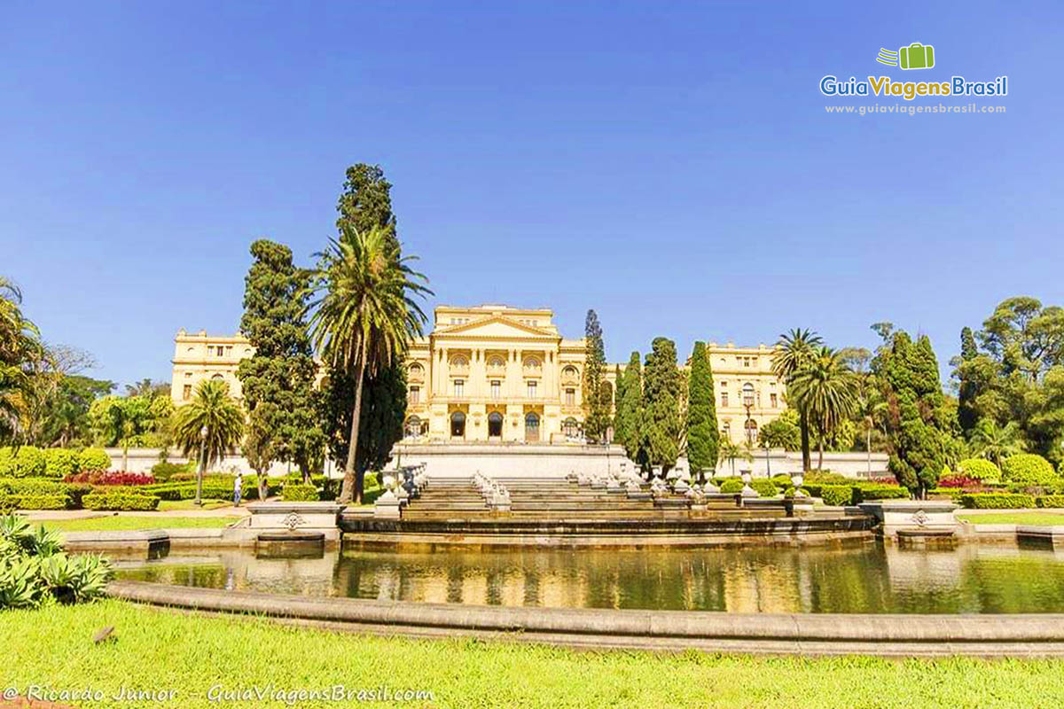 foto-museu-do-ipiranga-em-sao-paulo-capital-brasil-0273