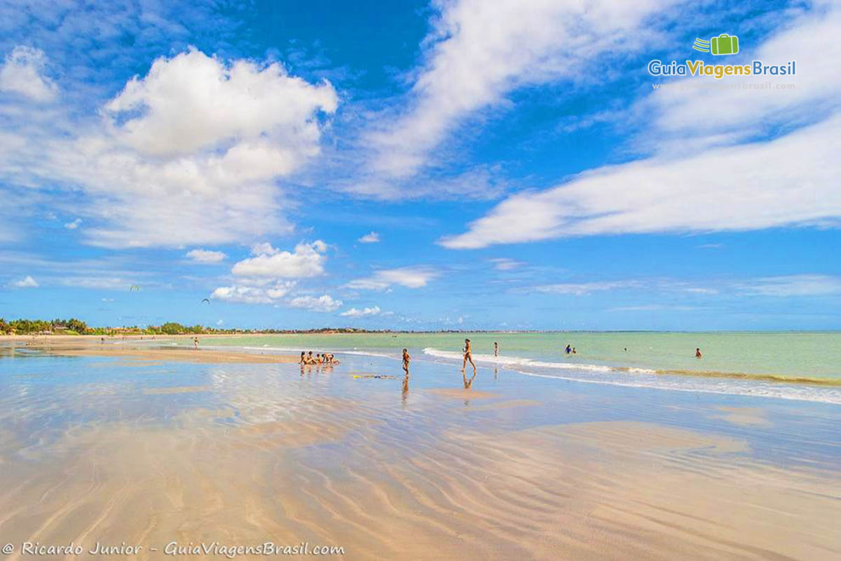 turistas-praia-do-coqueiro-luis-correia-pi