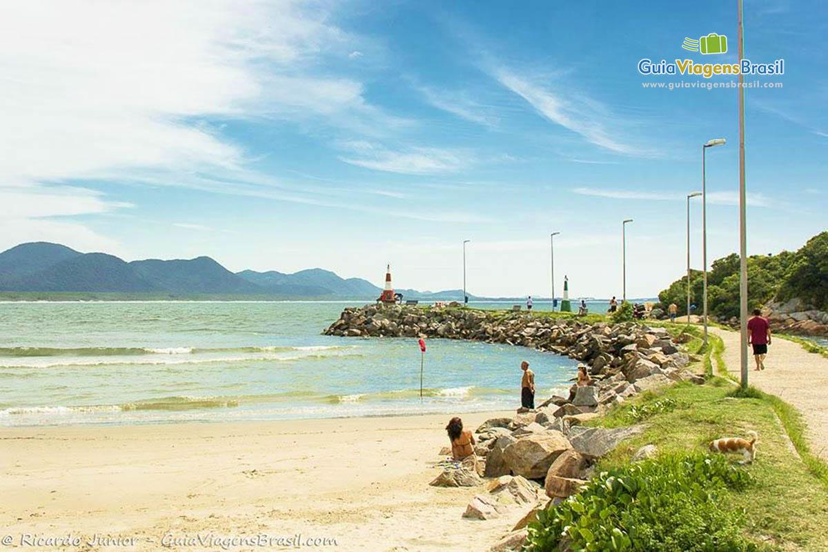foto-praia-barra-da-lagoa-florianopolis-sc