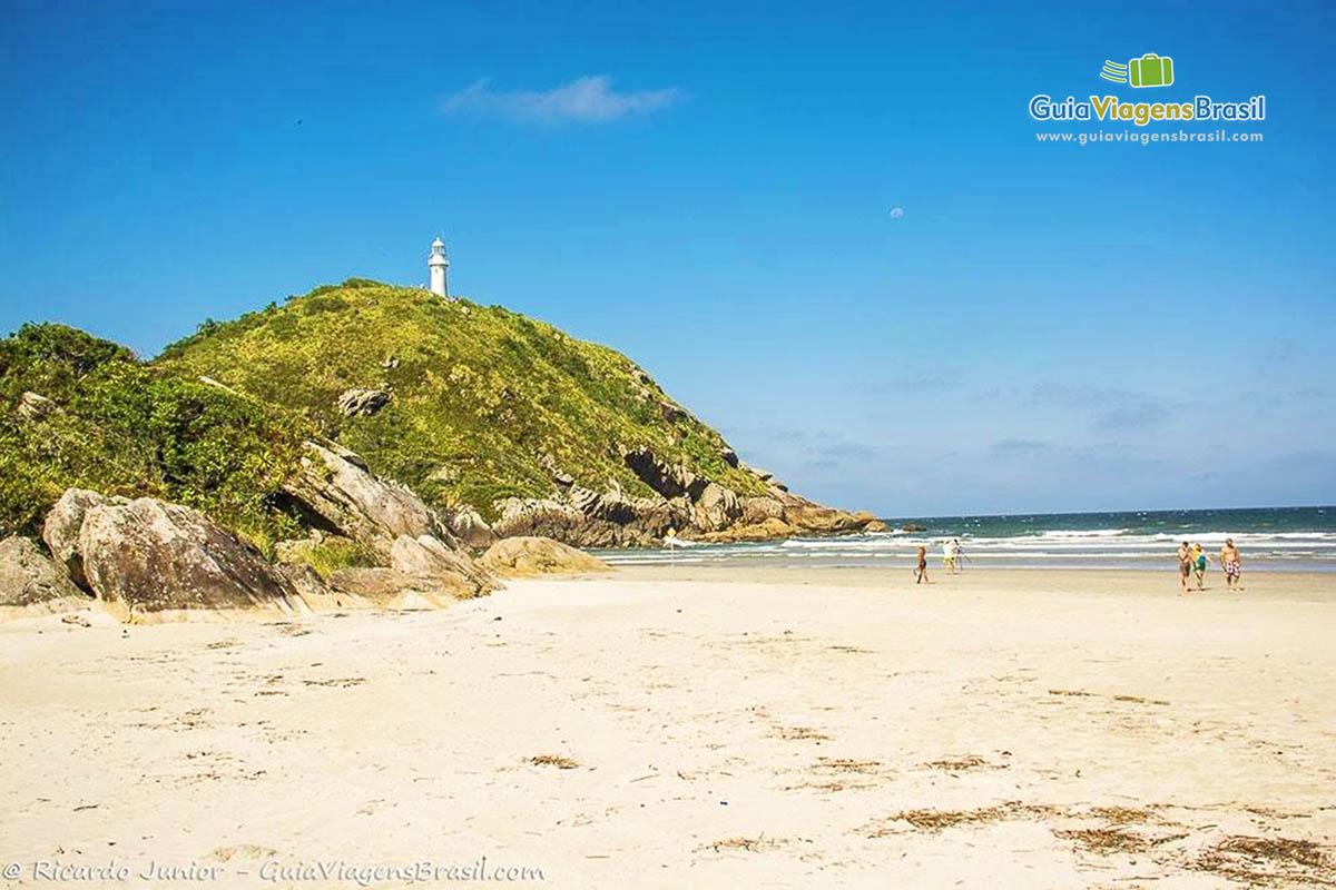 foto-praia-de-fora-em-ilha-do-mel-parana-brasil-4952