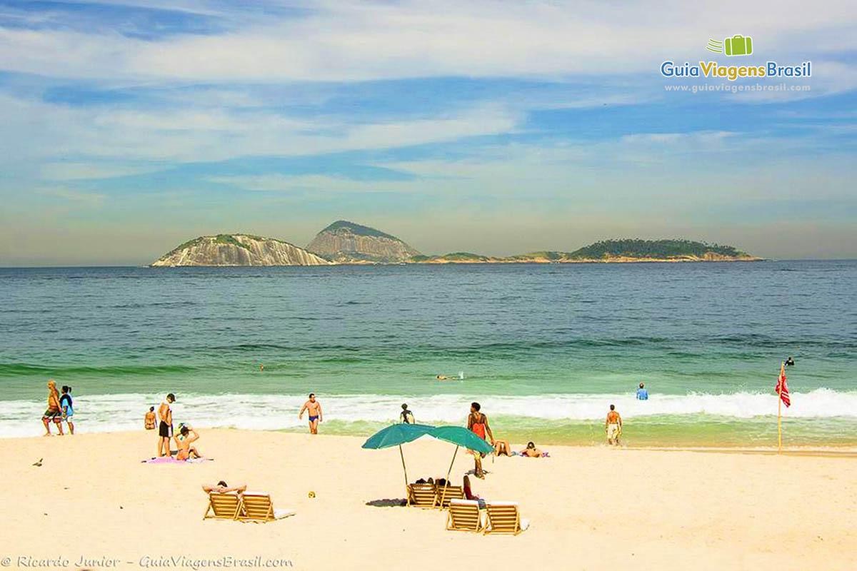 guarda-sol-praia-de-ipanema-rj