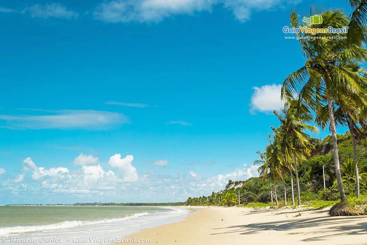 foto-praia-carro-quebrado-em-barra-de-santo-antonio-alagoas-5338