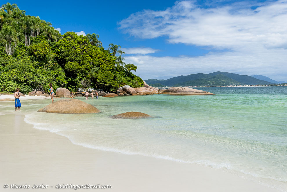 Praia Paradisíaca da Ilha Campeche em Florianópolis (SC) - Foto: Ricardo Junior Fotografias.com.br