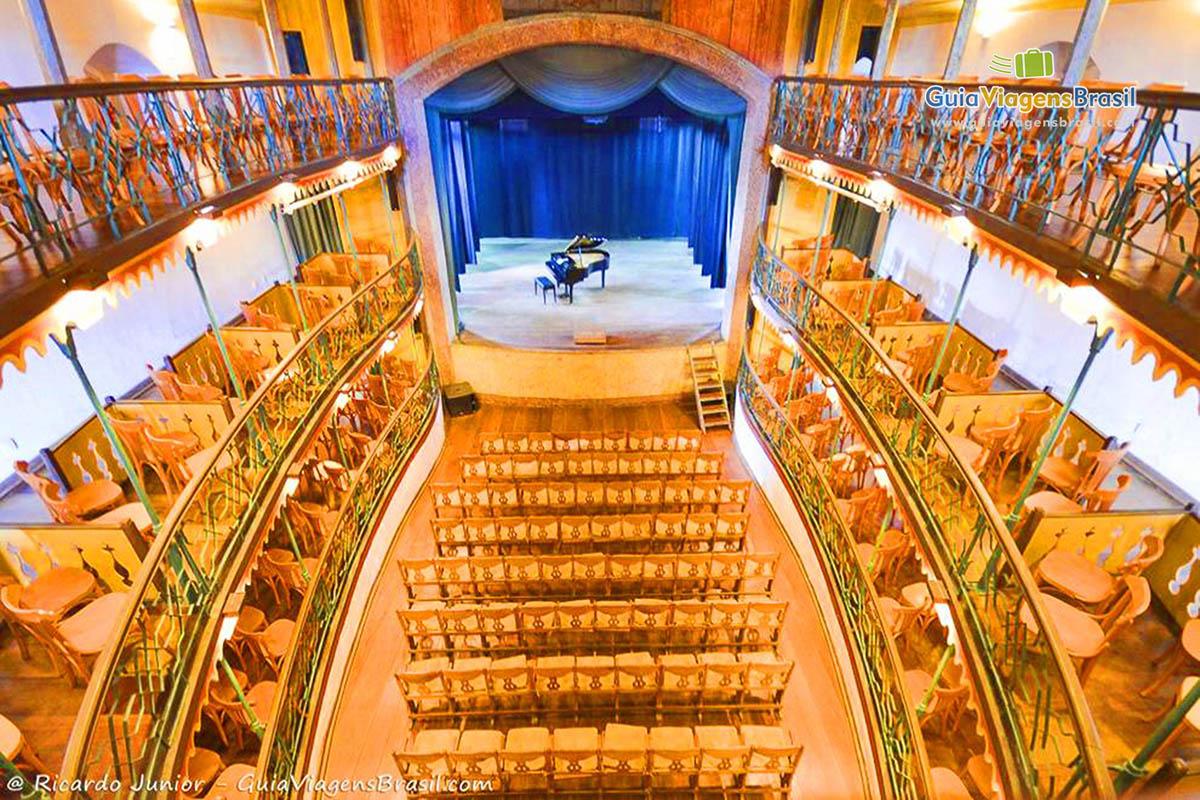 Teatro municipal de Ouro Preto, em Minas Gerais. - Fotos de Ricardo Junior / www.ricardojuniorfotografias.com.br