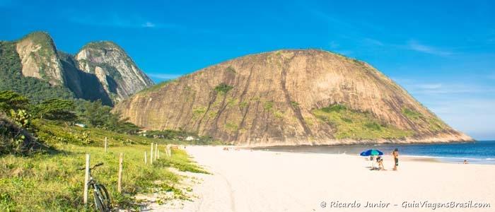 Foto da Praia de Itacoatiara em Niterói - Photograph by Ricardo Junior / www.ricardojuniorfotografias.com.br