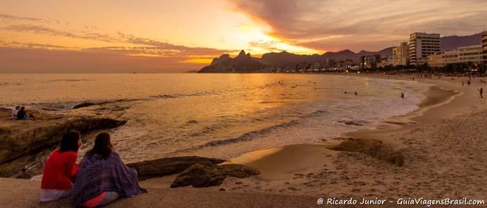 Foto da Praia do Arpoador no Rio de Janeiro - Photograph by Ricardo Junior / www.ricardojuniorfotografias.com.br