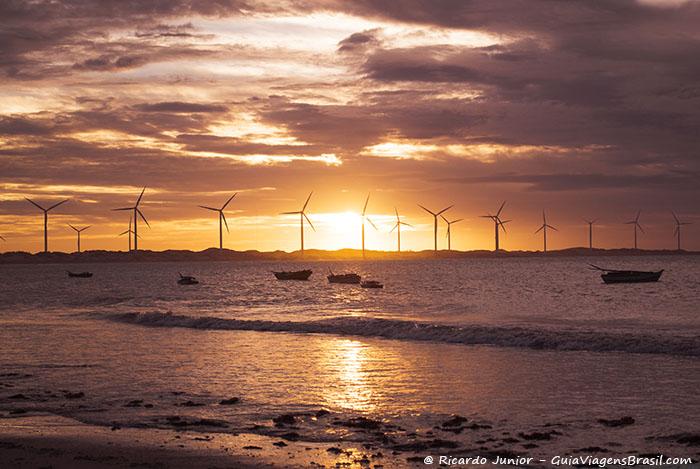 Imagem do pôr do sol em Icaraí de Amontada, no Ceará -  Photograph by Ricardo Junior / www.ricardojuniorfotografias.com.br