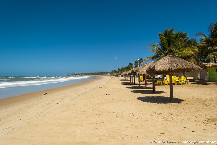 Foto da Praia do Pontal do Maracaípe, em Pernambuco - Photograph by Ricardo Junior /www.ricardojuniorfotografias.com.br