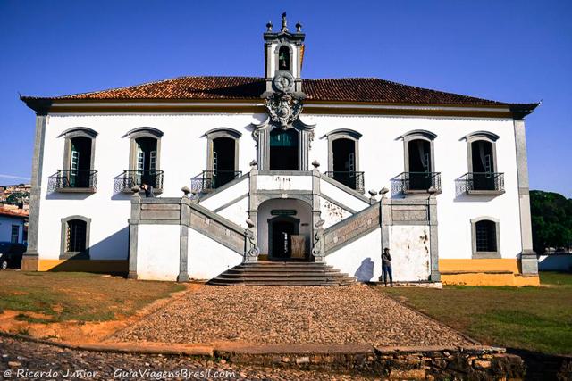 Casa de Câmara e Cadeia, em Mariana. Photograph by Ricardo Junior / www.ricardojuniorfotografias.com.br