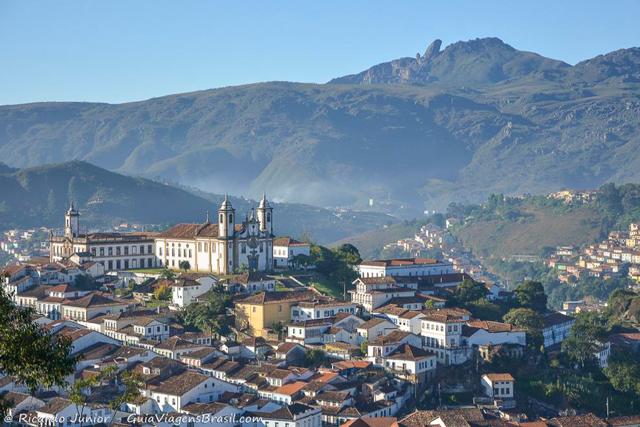 Vista da Capela São José, em Ouro Preto. Trajeto até Mariana faz parte da Estrada Real. Photograph by Ricardo Junior / www.ricardojuniorfotografias.com.br