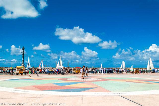Marco Zero, de onde se originam as medidas rodoviárias locais, em Recife. Photograph by Ricardo Junior / www.ricardojuniorfotografias.com.br
