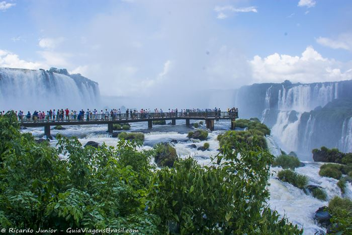 Imagem das Cataratas em Foz do Iguaçu, no Paraná - Photograph by Ricardo Junior / www.ricardojuniorfotografias.com.br
