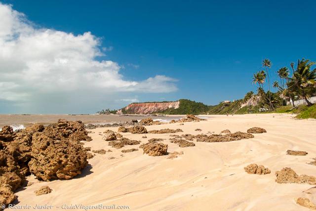 Praia de Tabatinga, em Conde, Paraíba. Photograph by Ricardo Junior / www.ricardojuniorfotografias.com.br