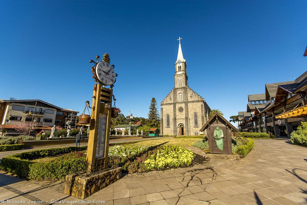 Igreja Matriz de São Pedro, localizada em frente a Rua Coberta, em Gramado, Rio Grande do Sul. Photograph by Ricardo Junior / www.ricardojuniorfotografias.com.br