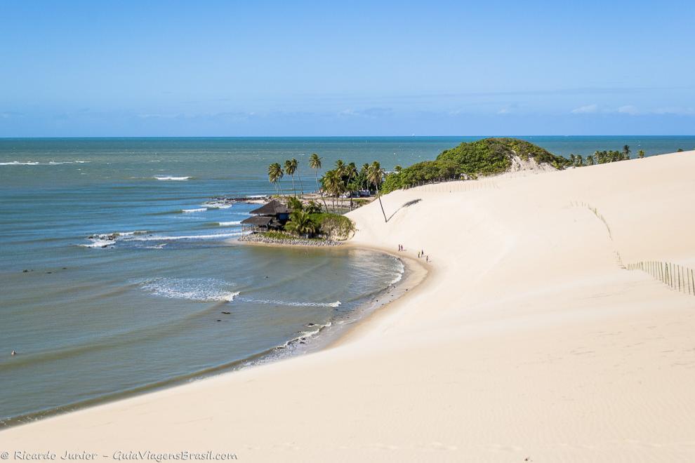 Praia de Genipabu, em Natal, Rio Grande do Norte. Photograph by Ricardo Junior / www.ricardojuniorfotografias.com.br