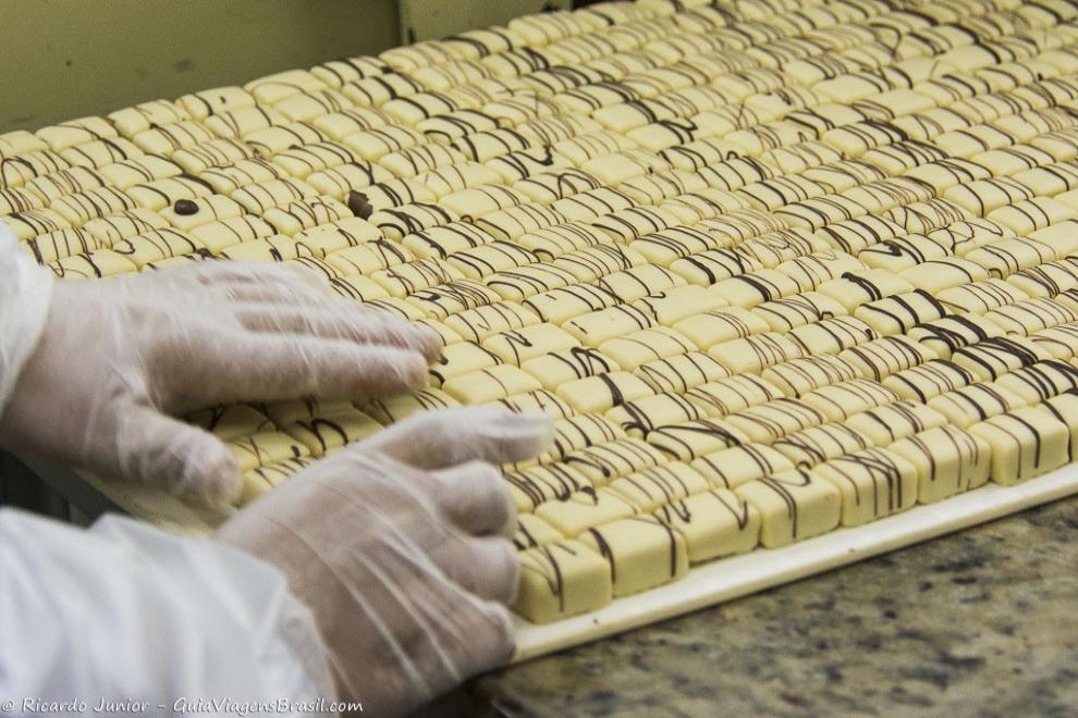 Chocolates produzidos nas várias fábricas de Gramado e Canela. Photograph by Ricardo Junior / www.ricardojuniorfotografias.com.br