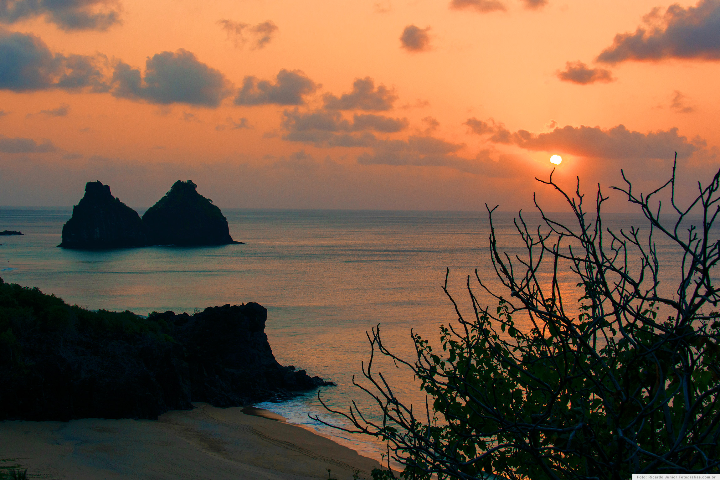 Pôr do Sol no Mirante do Boldró, em Fernando de Noronha – Foto: Ricardo Junior