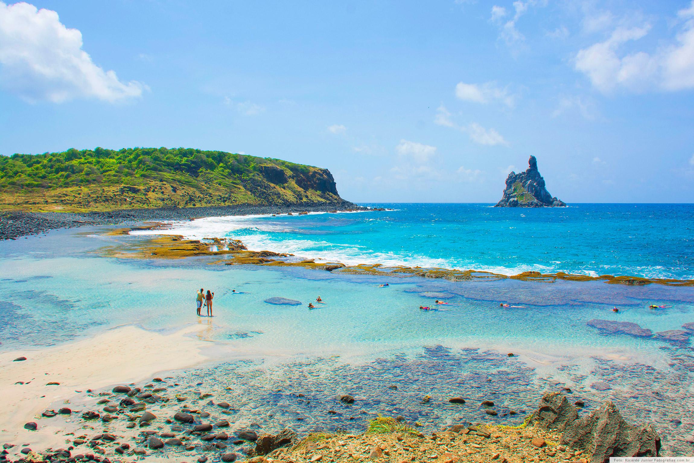foto-ricardo-junior-praia-do-atalaia-fernando-de-noronha-mergulho-e-mirante