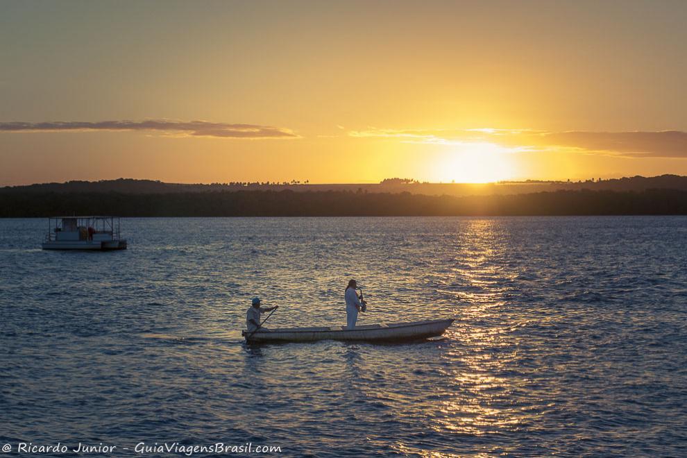 Por do sol na Praia do Jacaré, ao som do bolero de Ravel, tocado por Jurandi do Sax, em João Pessoa. Fotos de Ricardo Junior / www.ricardojuniorfotografias.com.br