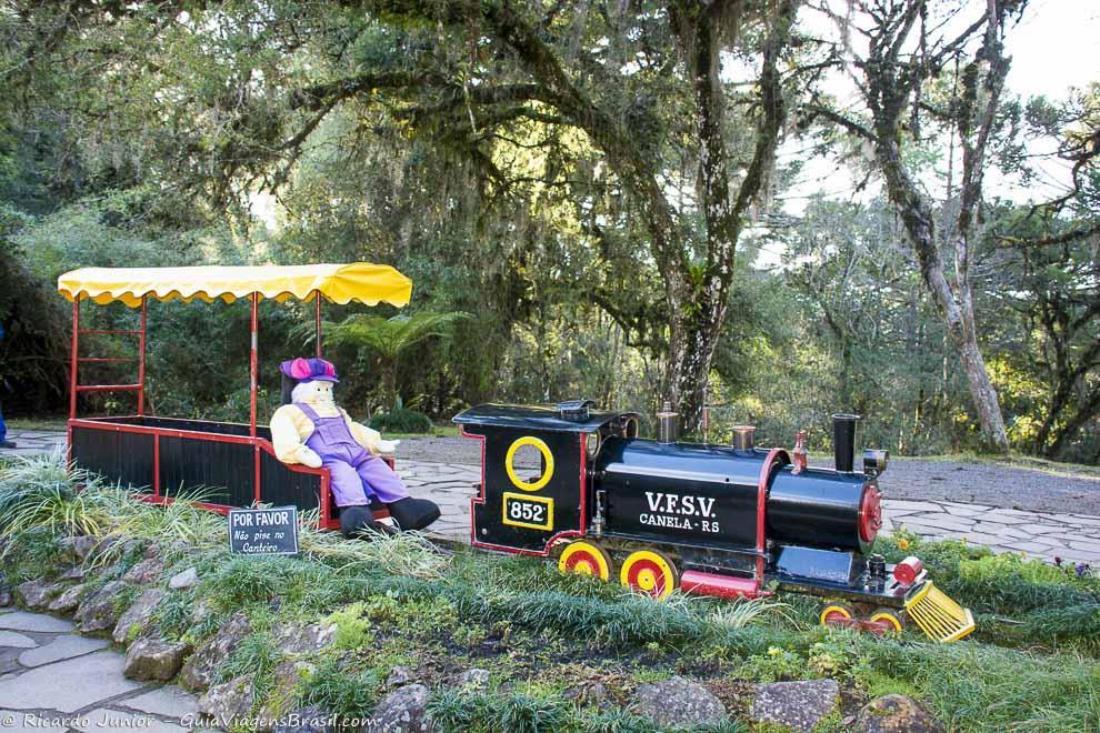 Trem do Parque do Caracol, em Canela, RS. Fotos de Ricardo Junior / www.ricardojuniorfotografias.com.br