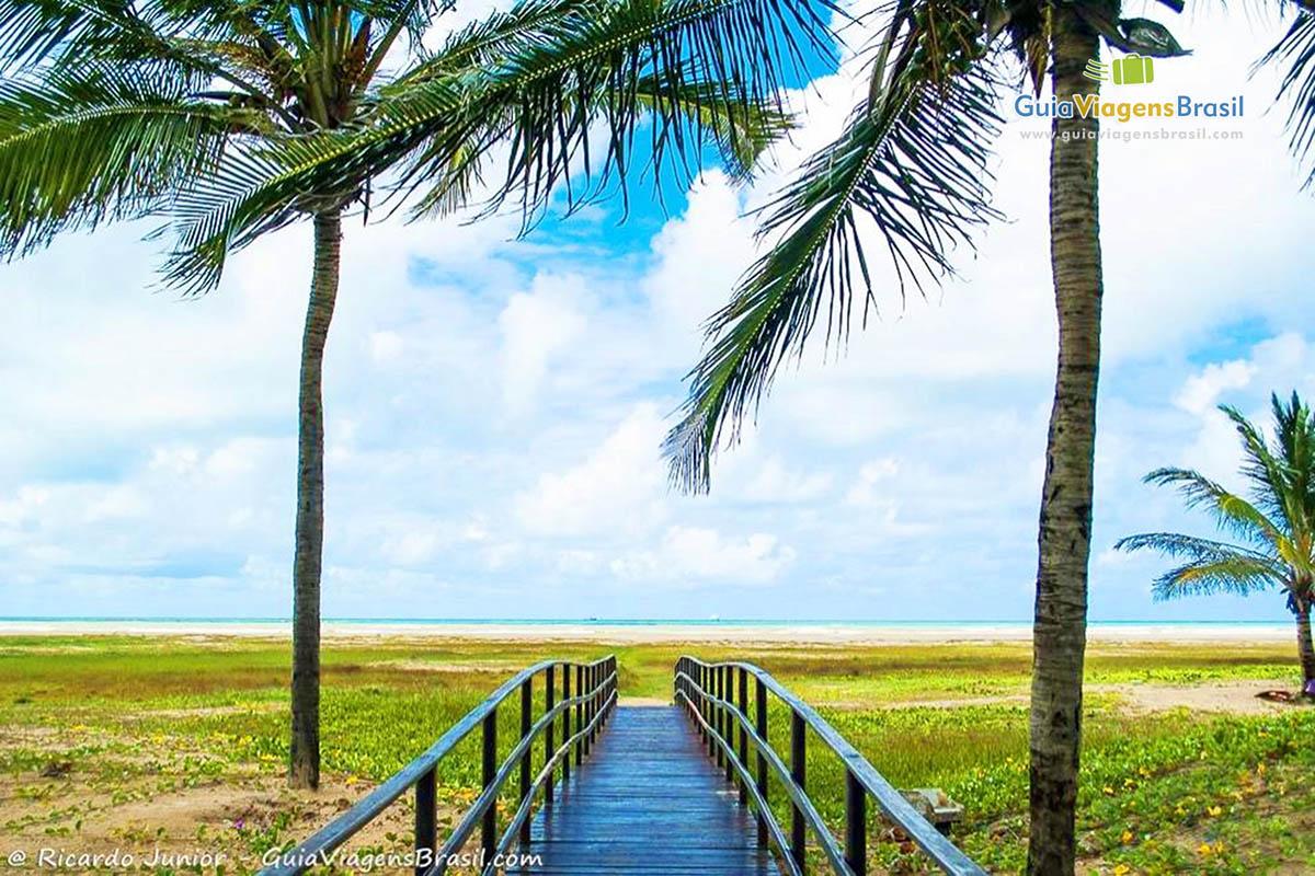 A bela orla e a entrada para Praia de Atalaia, Aracaju, SE. Fotos de Ricardo Junior / www.ricardojuniorfotografias.com.br