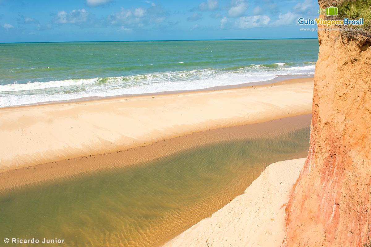 Praia de Japara Grande, em Prado - BA - Fotos de Ricardo Junior / www.ricardojuniorfotografias.com.br
