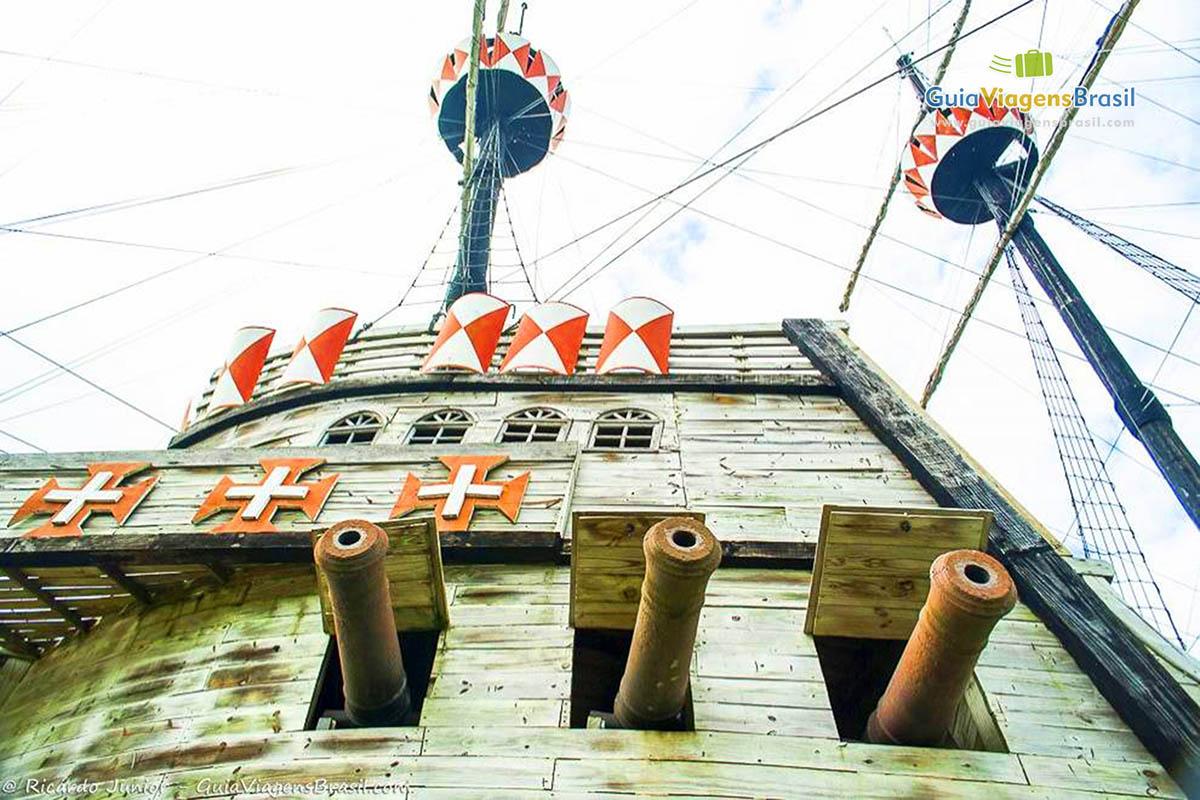 Replica da Caravela, no Memorial da Epopeia do Descobrimento, Porto Seguro, BA. Fotos de Ricardo Junior / www.ricardojuniorfotografias.com.br