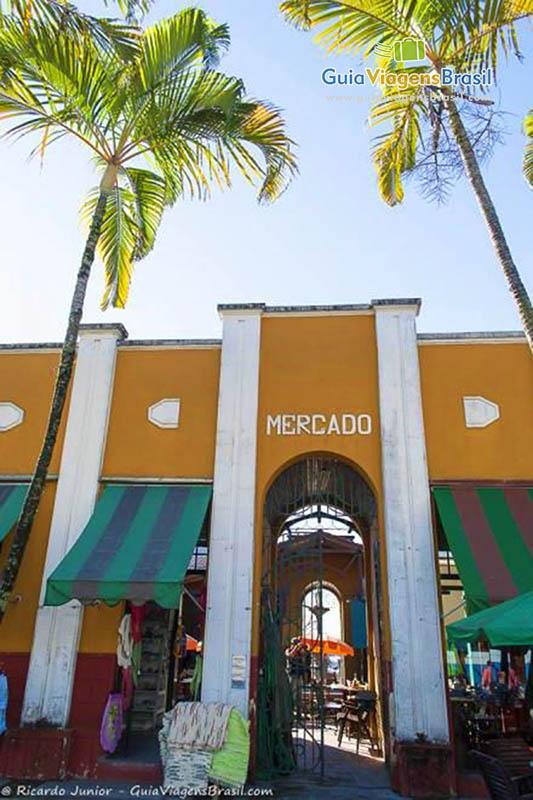 Mercado Público, hoje Centro de Cultura Popular, no Centro Histórico de Itajaí, SC. Fotos de Ricardo Junior / www.ricardojuniorfotografias.com.br