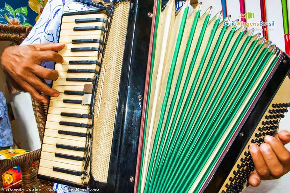 Festas noturnas ao som do forró em Maceió, AL. Fotos de Ricardo Junior / www.ricardojuniorfotografias.com.br