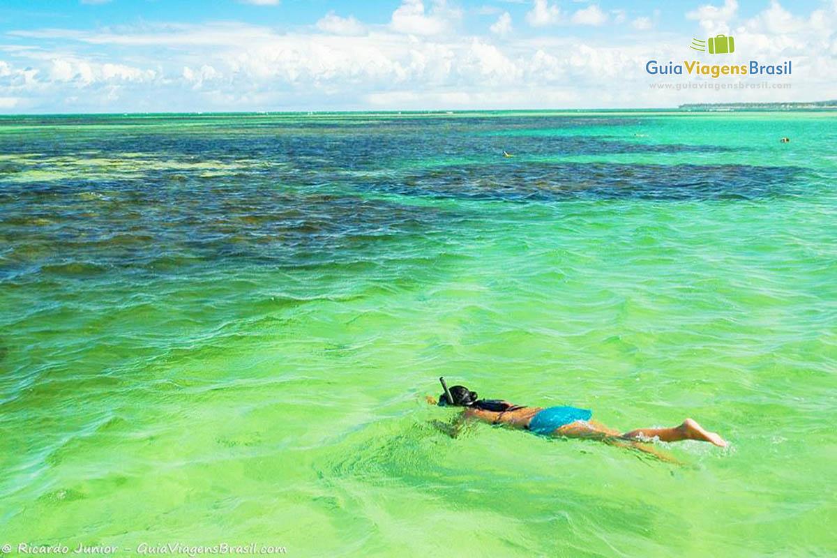 Snorkeling nas Piscinas Naturais de Paripueira, próximo a Maceió, AL. Fotos de Ricardo Junior / www.ricardojuniorfotografias.com.br