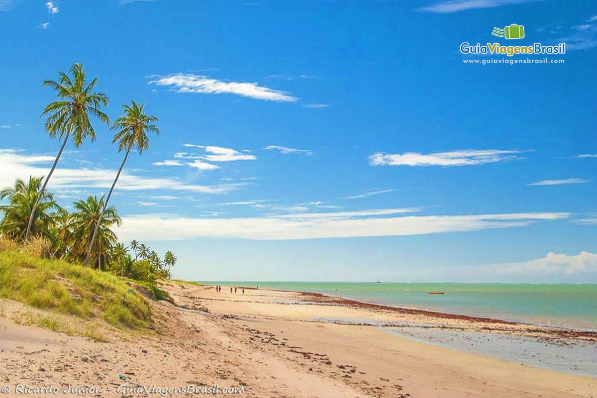 Praia de Formosa, em Cabedelo, vizinha a João Pessoa, PB. Fotos de Ricardo Junior / www.ricardojuniorfotografias.com.br