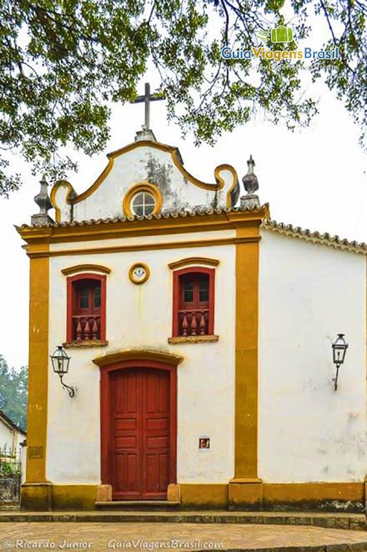 Capela do Senhor Bom Jesus da Pobreza, patrimônio tombado de Tiradentes, MG. Fotos de Ricardo Junior / www.ricardojuniorfotografias.com.br