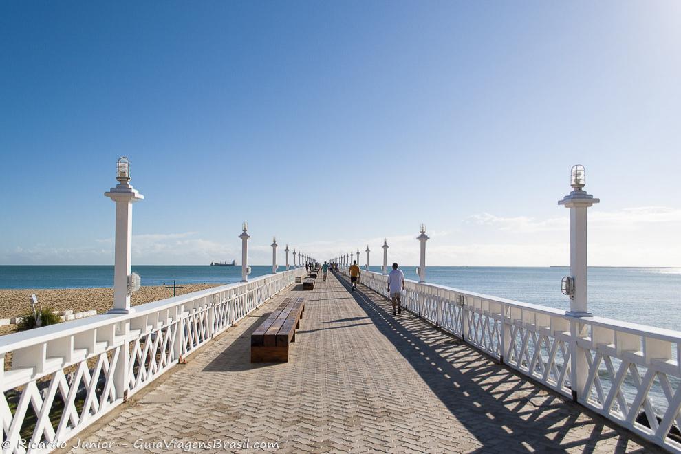 Ponte dos Ingleses, local ótimo para apreciar o pôr do sol na Praia de Iracema, em Fortaleza, CE. Fotos de Ricardo Junior / www.ricardojuniorfotografias.com.br