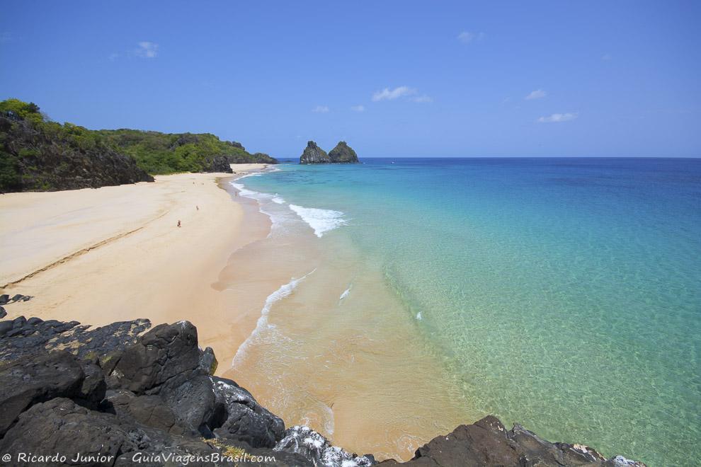 foto-praia-do-bode-em-fernando-de-noronha-pe-brasil--10