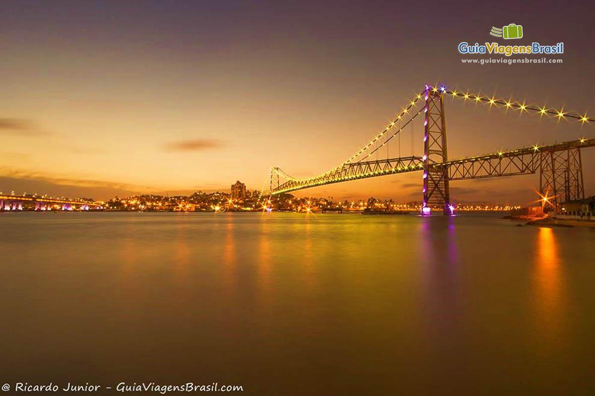 fim-de-tarde-ponte-hercilio-luz-florianopolis-sc