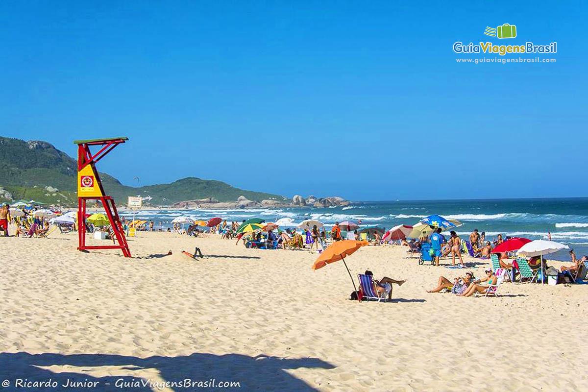 posto-salva-vidas-praia-mole-florianopolis-sc