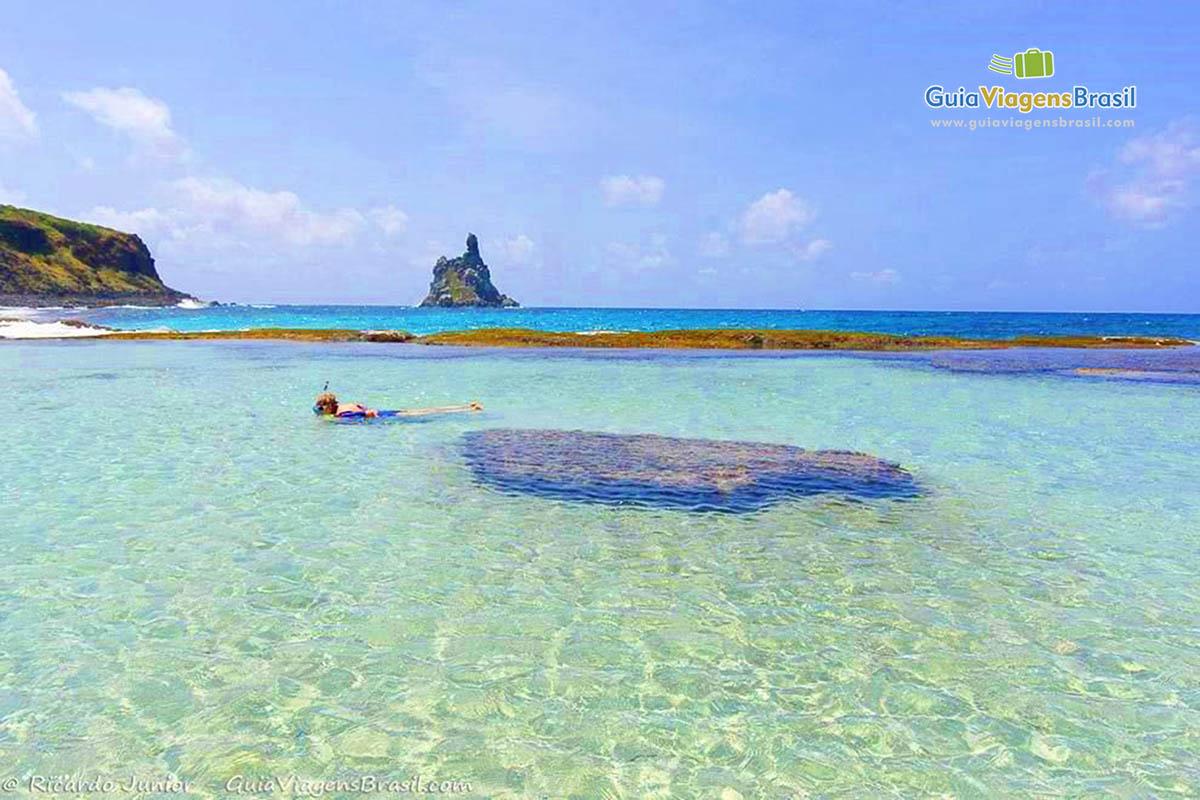 foto-praia-da-atalaia-em-fernando-de-noronha-pe-brasil-8178