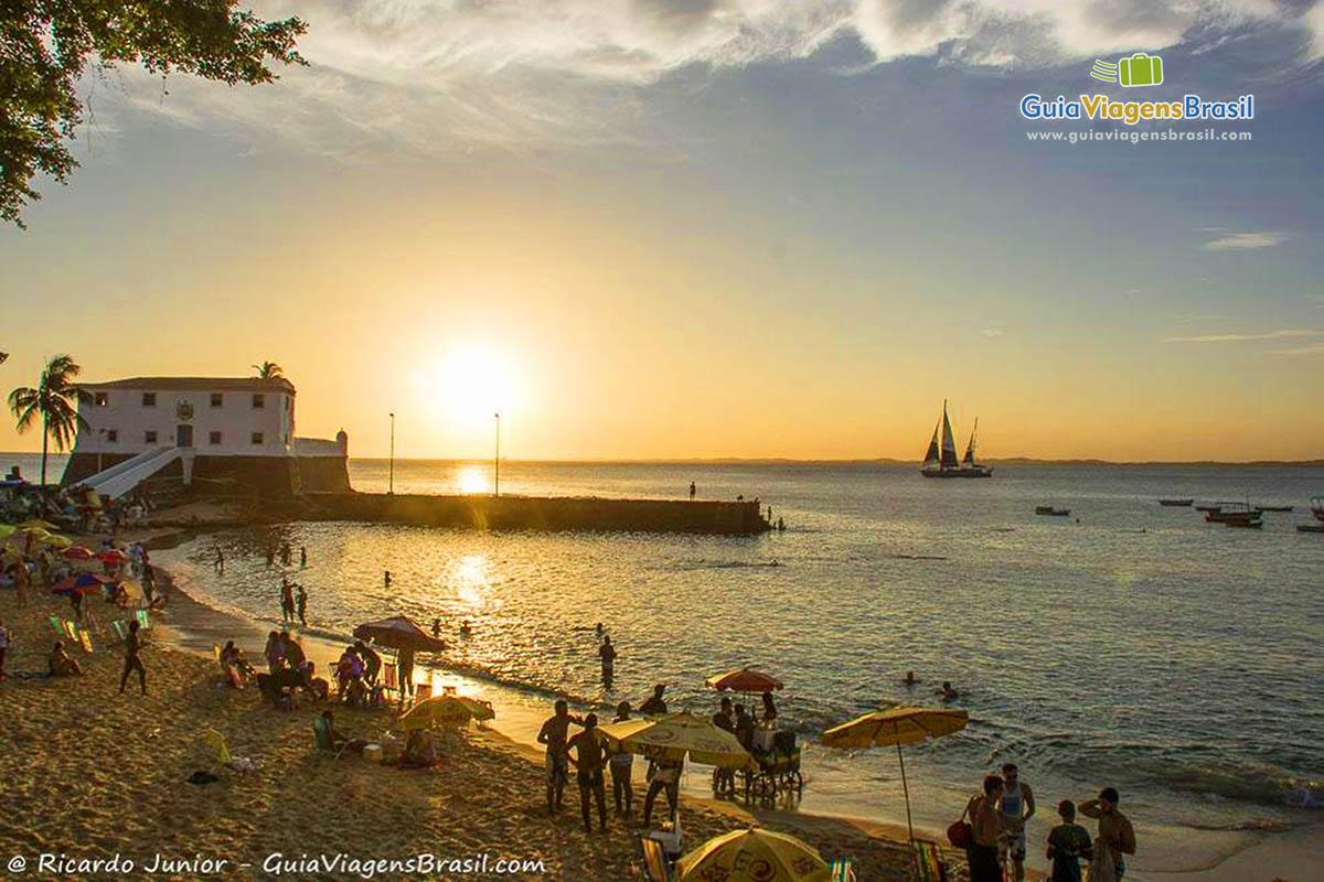 foto-praia-porto-da-barra-salvador-bahia-brasil-1044