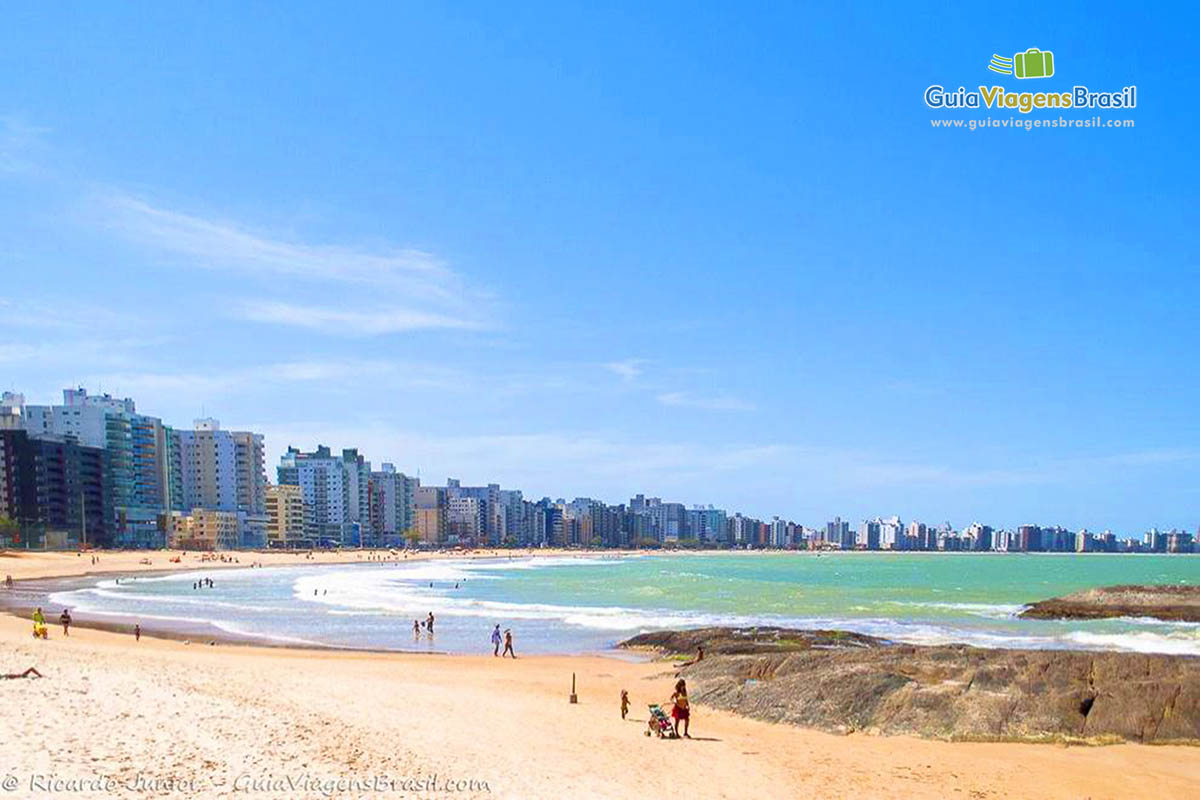foto-praia-do-morro-guarapari-es