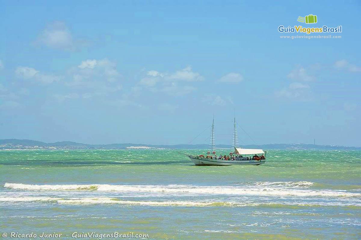 foto-praia-de-pipa-em-natal-brasil-9495