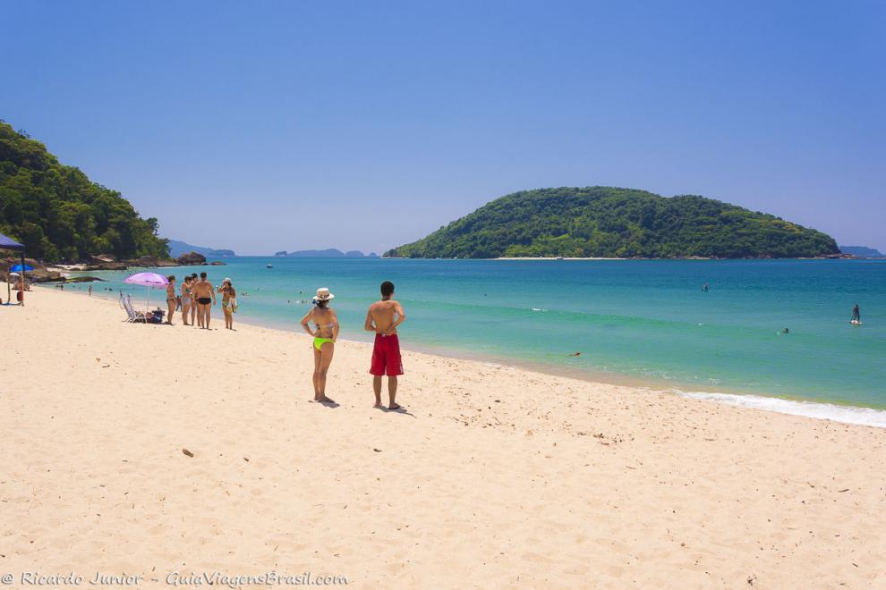 Imagem do lindo mar azulado da Praia de Prumirim-Sao-Paulo